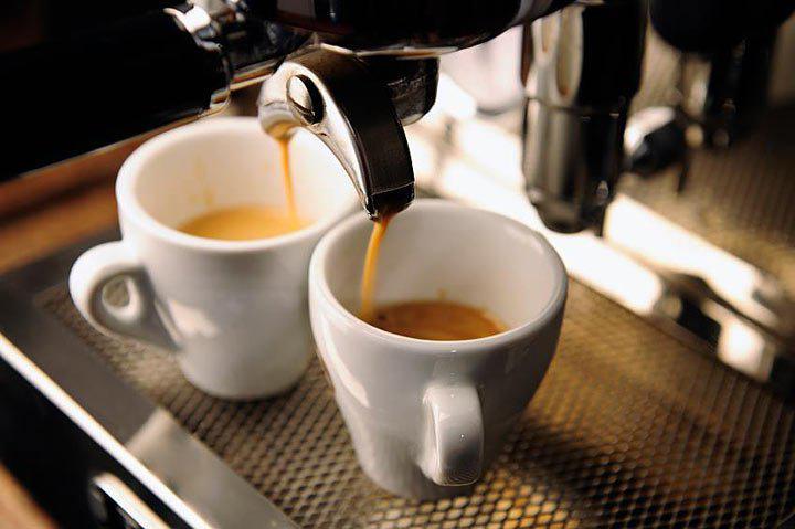 Как влияет кофе на организм и стоит ли его пить по утрам? 02