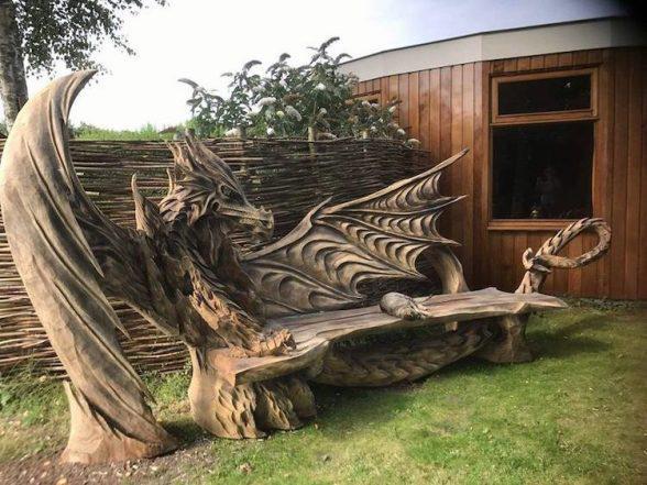 Удивительные работы Игоря Лоскутова. А вы бы хотели присесть на такую скамью? | 1