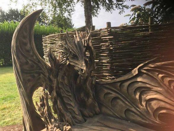 Удивительные работы Игоря Лоскутова. А вы бы хотели присесть на такую скамью? | 3