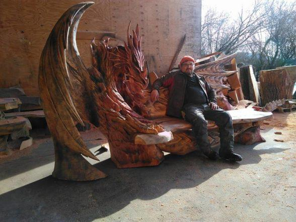 Удивительные работы Игоря Лоскутова. А вы бы хотели присесть на такую скамью? | 8
