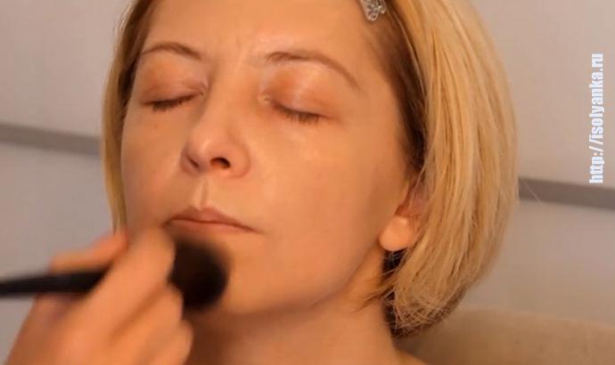 Этот макияж поможет вам скрыть десяток лет: секреты макияжа после 40!