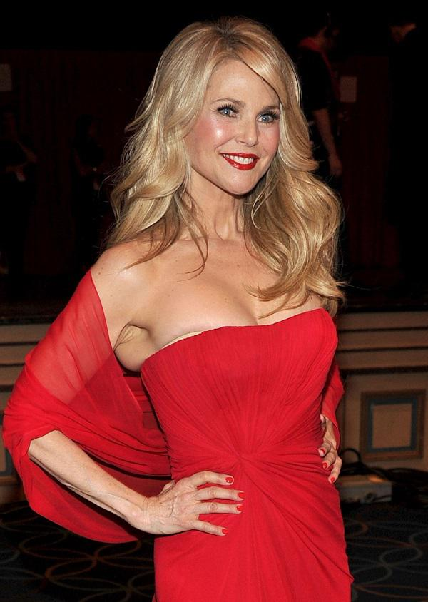 brinkley online dating Christie brinkley is a gorgeous supermodel, but even she could use a little help when it comes to dating et spoke to brinkley at the 6th annual st barth hamptons gala in bridgehampton, new york.