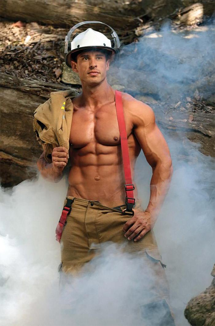 Календарь Австралийских пожарных на 2018 год