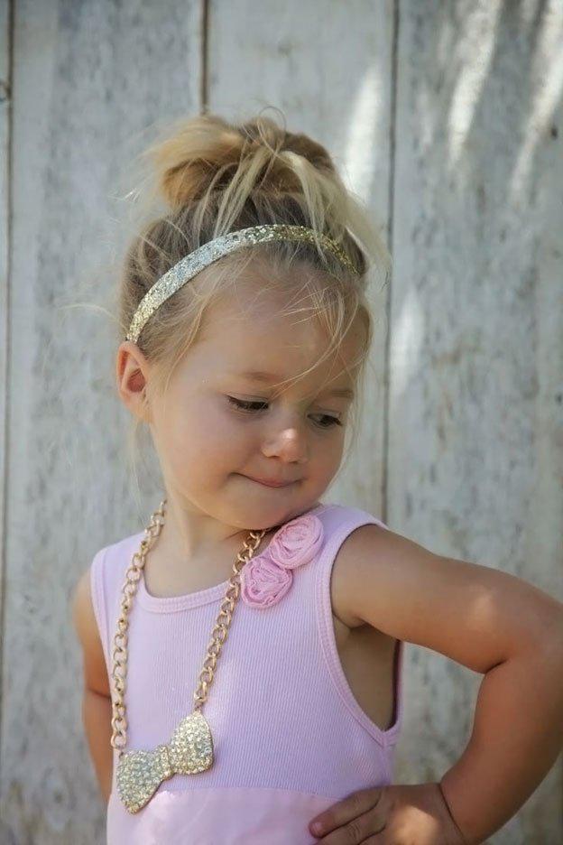 Для маленьких принцесс: 35 шикарных причесок на короткие волосы! | 17