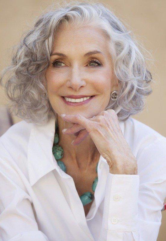 Модные стрижки и прически для женщин 40, 50 и более лет   20