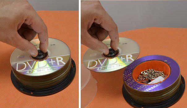 Потайной сейф из старых CD-дисков где спрятаться, забавно, неожиданно, познавательно, потайное место, секрет, тайна, тайник