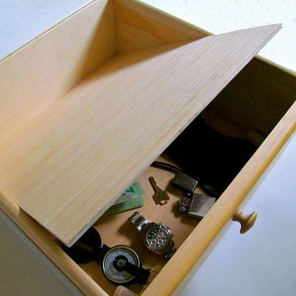 Ящик с фальшивым дном где спрятаться, забавно, неожиданно, познавательно, потайное место, секрет, тайна, тайник