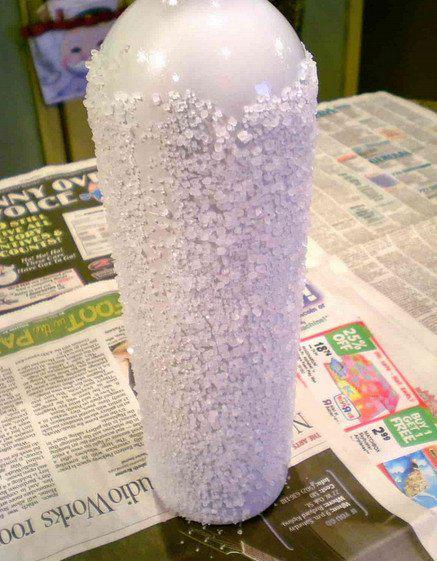 Декор для праздничного стола из простой бутылки