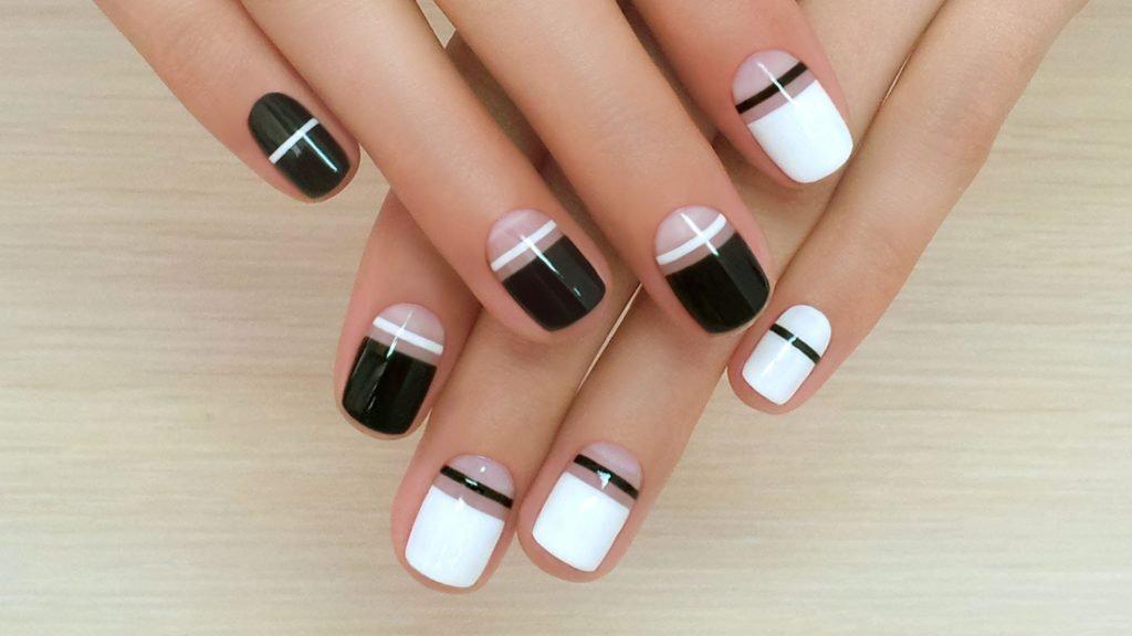 Черно-белый маникюр на короткие ногти | 6