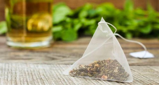 10 причин перестать использовать чайные пакетики