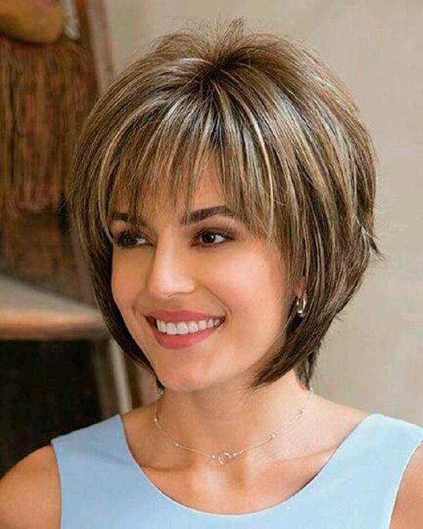 Фото женских стрижек на средние волосы каскад