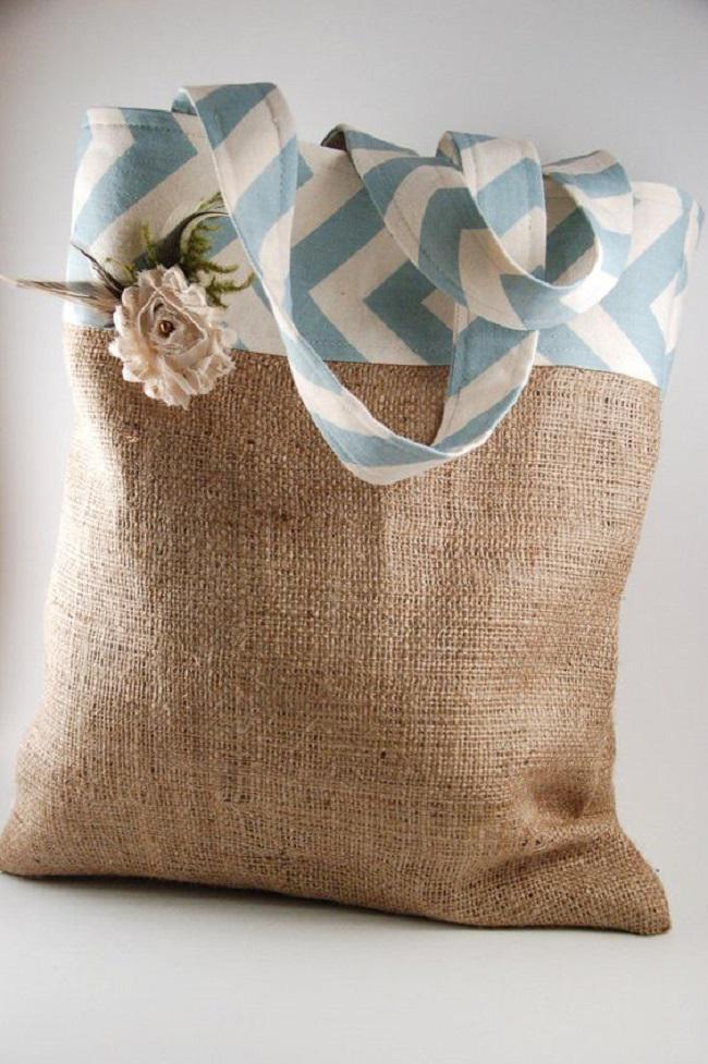 Не спешите выбрасывать старый мешок, из него можно сделать массу шикарных вещей!
