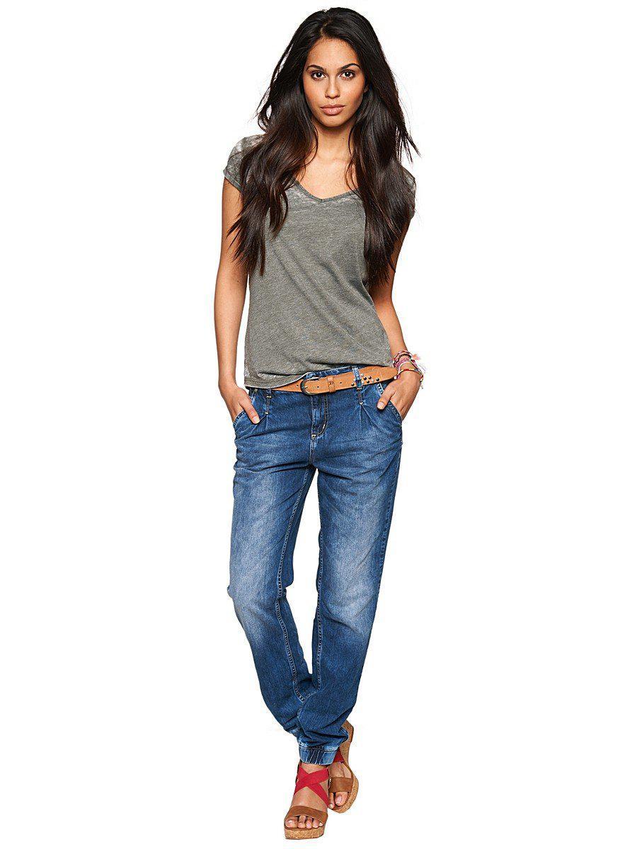 Модные женские джинсы сезона 2018 | 16