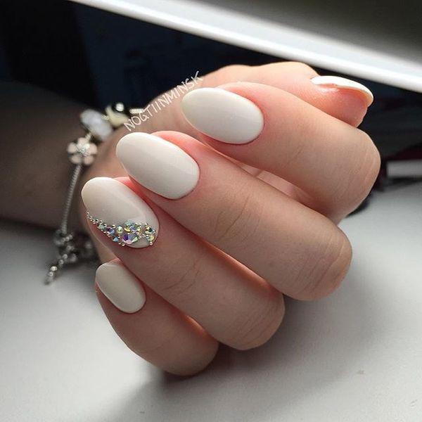 http://afing.ru/wp-content/uploads/2018/01/395807-manicure-dla-panny-mlodej-odswiezona-dawka-slubnych-inspiracji.jpg