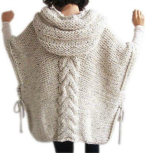 Вяжем пончо с капюшоном — универсальную и уютную одежду