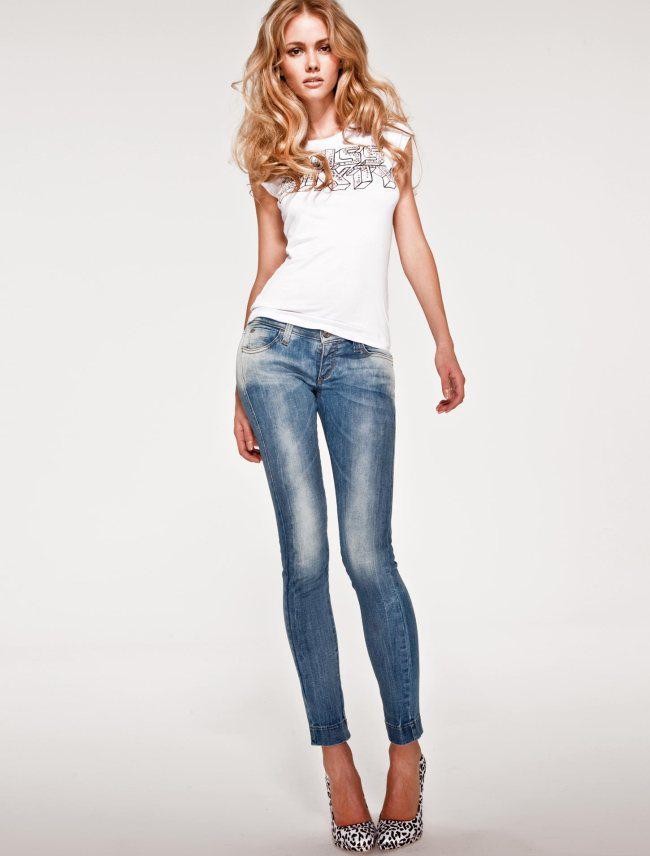 Модные женские джинсы сезона 2018 | 30