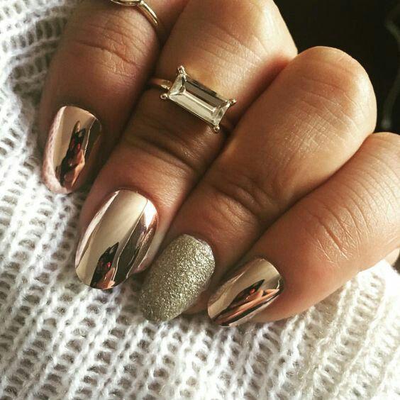 Модные тенденции маникюра для коротких ногтей | 36