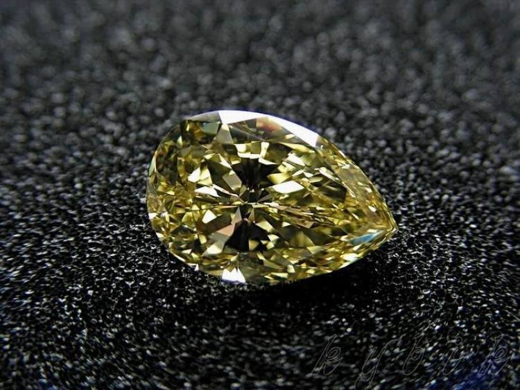Самые роковые бриллианты в истории