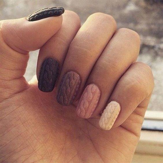 Модные тенденции маникюра для коротких ногтей | 47