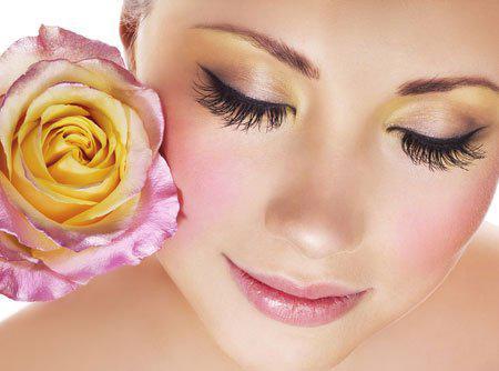 Как добиться красоты и здоровья ресниц в домашних условиях