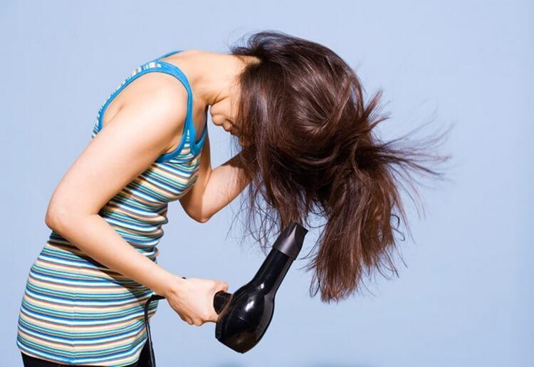 17 хитростей, которые помогут сделать ваши волосы гуще | 11