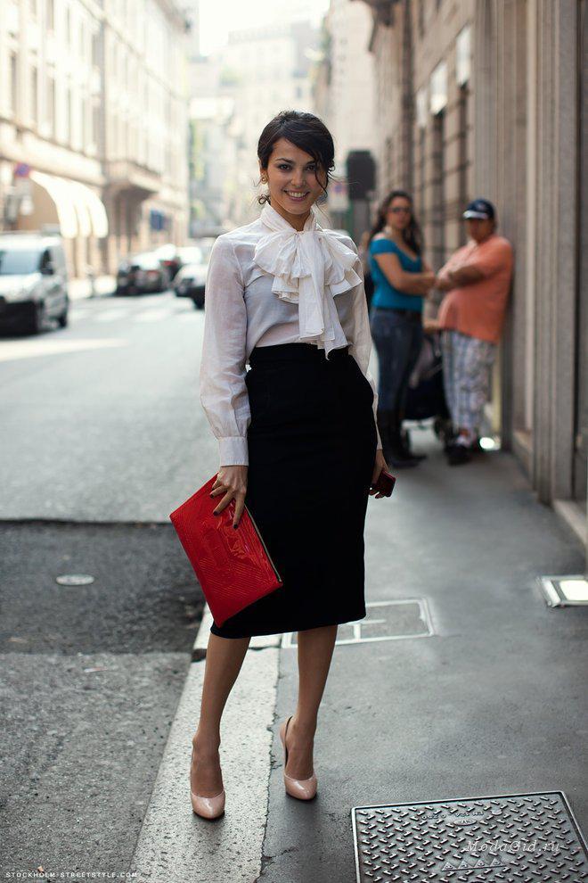 10 стильных образов с черной юбкой | 2