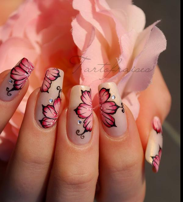 Потрясающие идеи цветочного маникюра