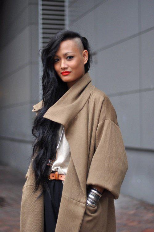 Модные и смелые: стрижки с выбритыми висками и затылком!