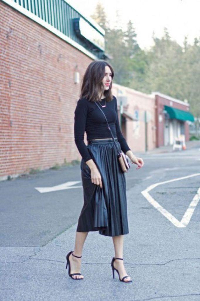 10 стильных образов с черной юбкой | 4