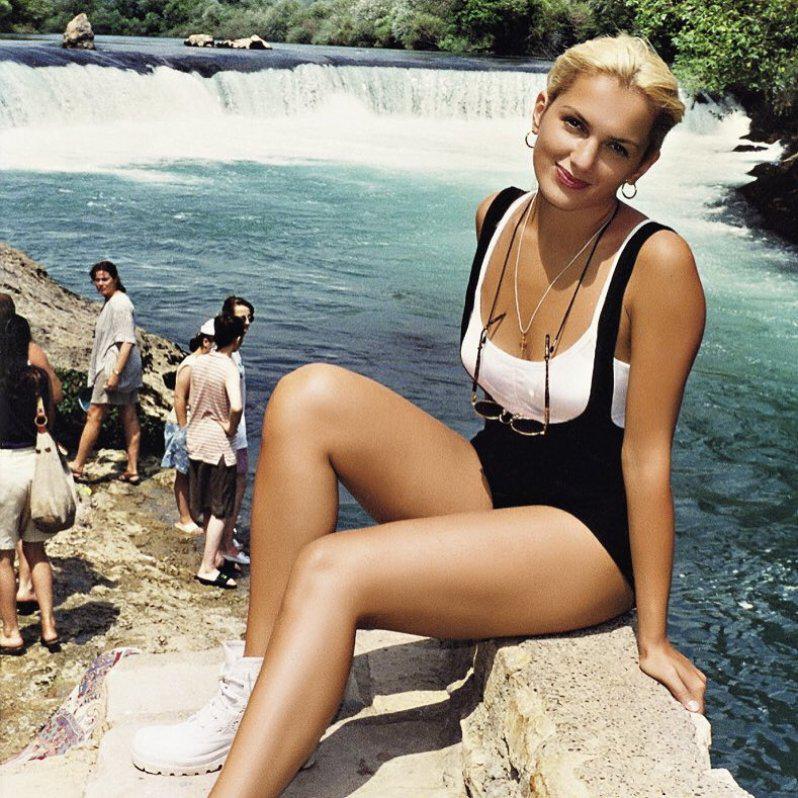 Многодетная мамочка Мария Порошина показала фото в купальнике | 10