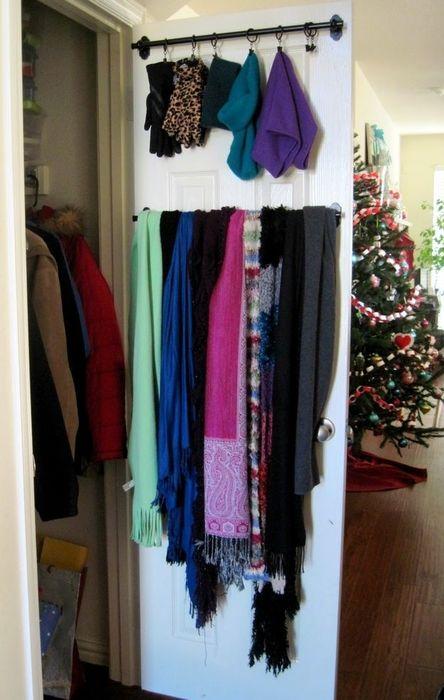 Как правильно складывать вещи и белье в шкафу, чтобы они занимали меньше места   12