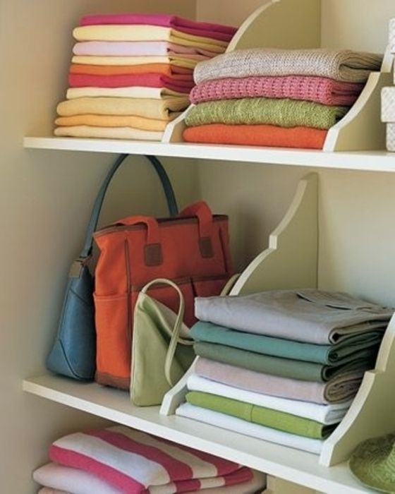 Как правильно складывать вещи и белье в шкафу, чтобы они занимали меньше места   2
