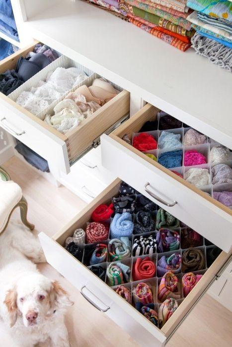 Как правильно складывать вещи и белье в шкафу, чтобы они занимали меньше места   21