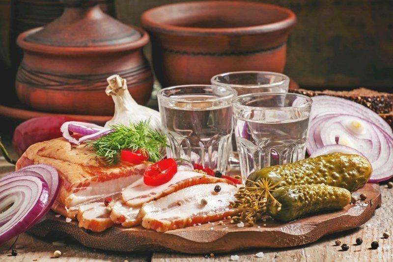 Гришковец о том, почему иностранцы не любят водку, и как ее надо правильно кушать