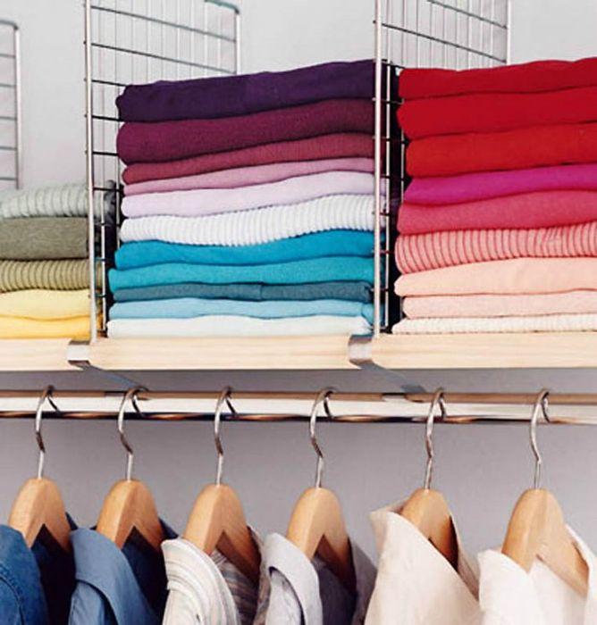 Как правильно складывать вещи и белье в шкафу, чтобы они занимали меньше места   5