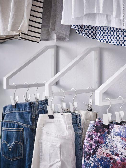 Как правильно складывать вещи и белье в шкафу, чтобы они занимали меньше места   7