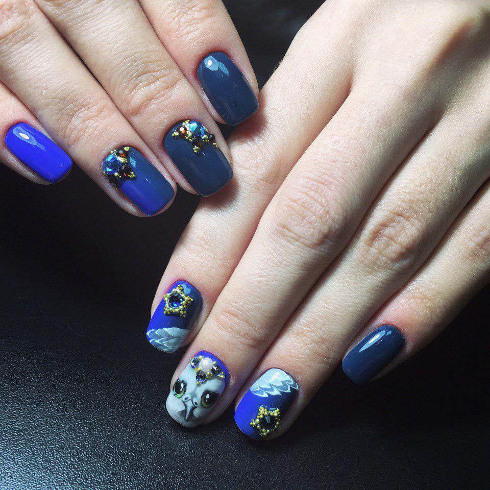 https://fashionhot.ru/wp-content/uploads/2017/09/Siniy-manikyur-48.jpg