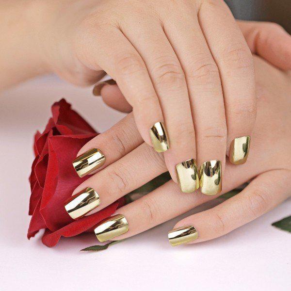 Тренды маникюра: ногти-металлик   1