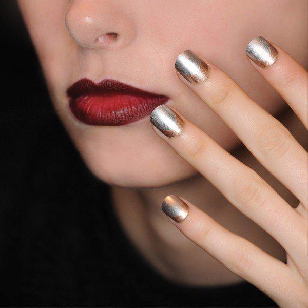 Тренды маникюра: ногти-металлик   3