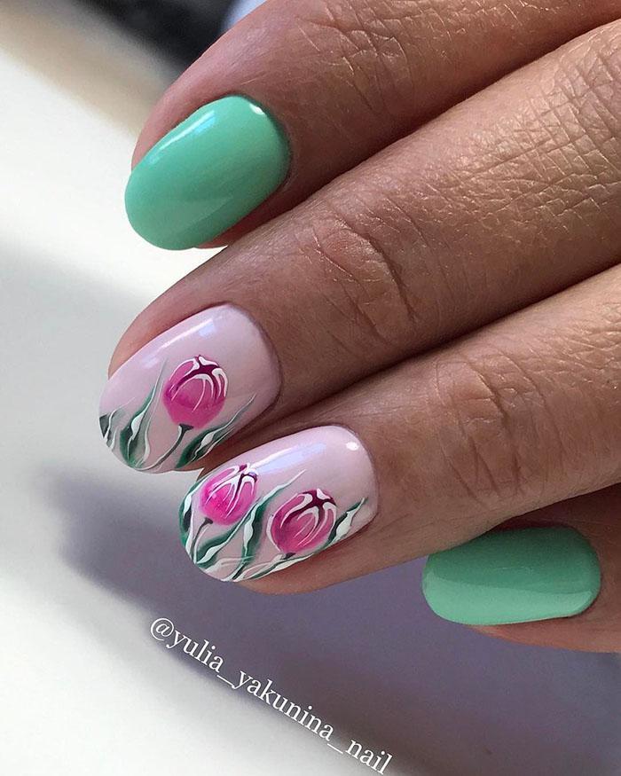 Восхитительные варианты цветочного маникюра