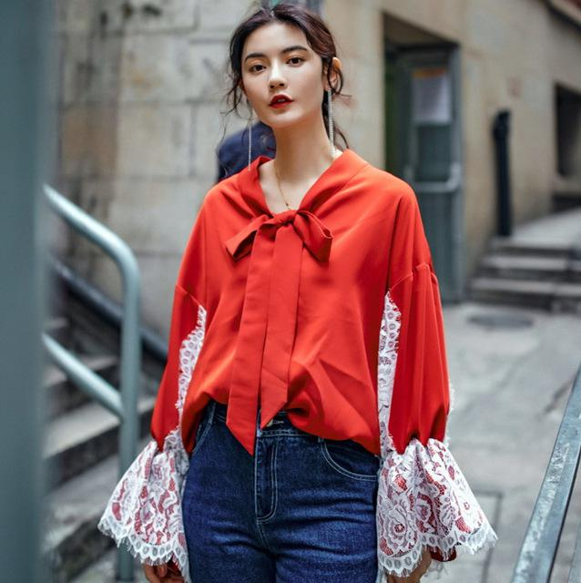 Как стильно носить красные блузки и рубашки летом и осенью 2018: 20 стильных идей