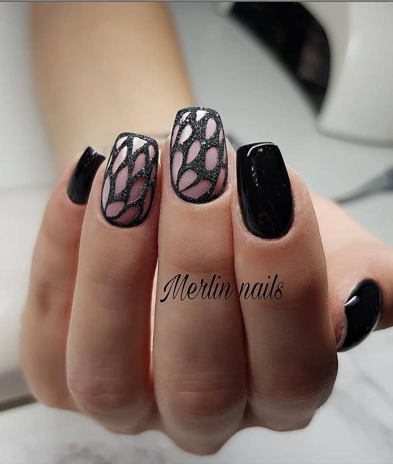 Черный маникюр на короткие ногти. 50+ элегантных идей | 1