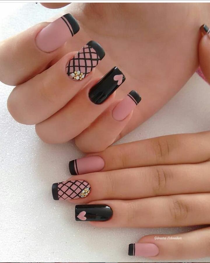 Черный маникюр на короткие ногти. 50+ элегантных идей | 14