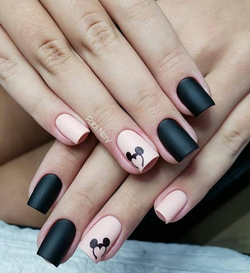 Черный маникюр на короткие ногти. 50+ элегантных идей | 16