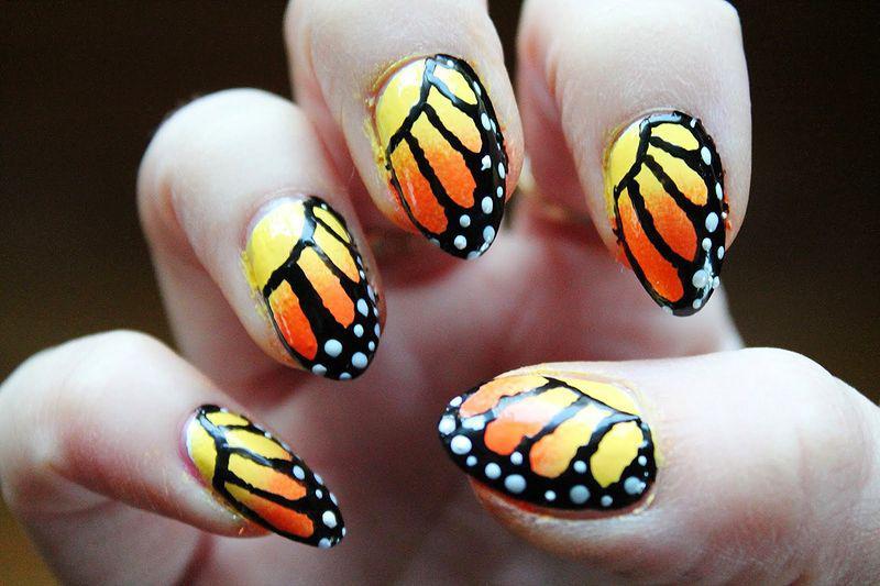 39 идей маникюра с бабочками — самые весенние идеи 26