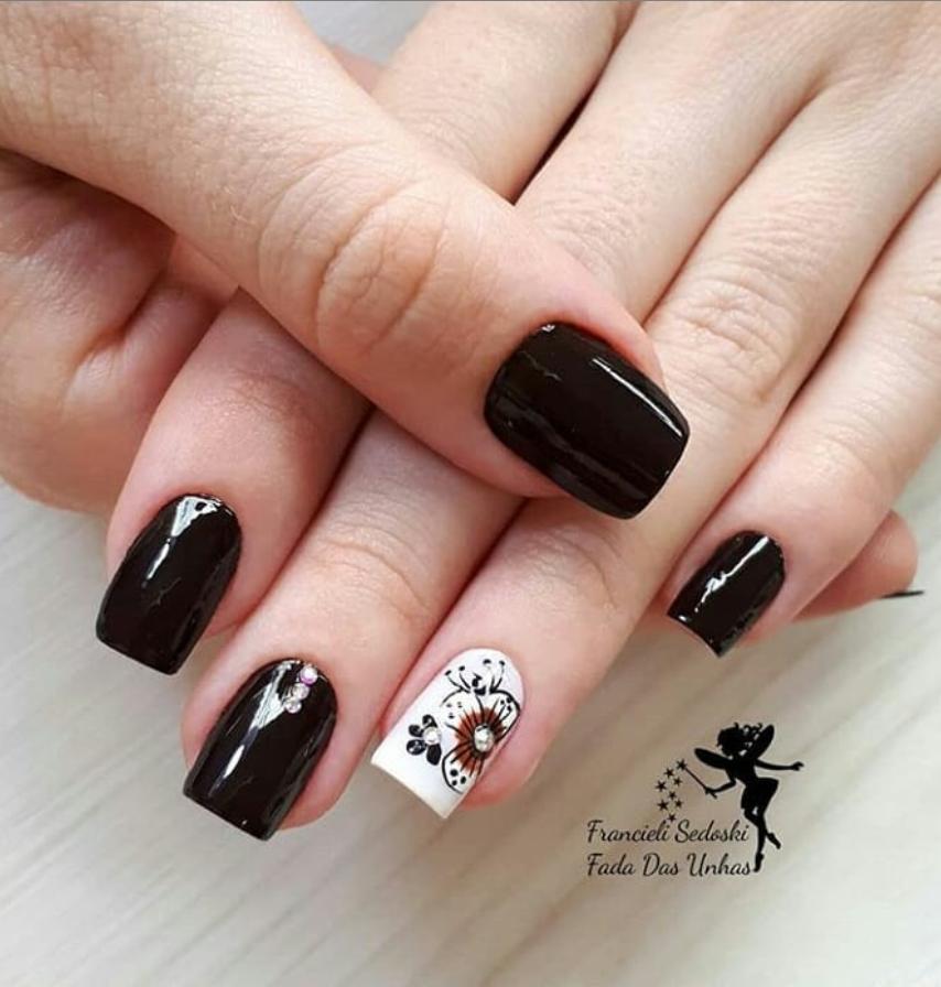 Черный маникюр на короткие ногти. 50+ элегантных идей | 25