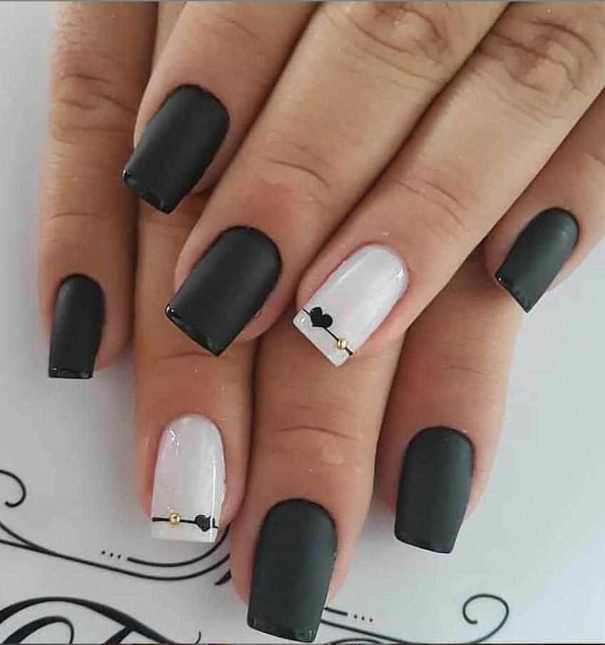 Черный маникюр на короткие ногти. 50+ элегантных идей | 29
