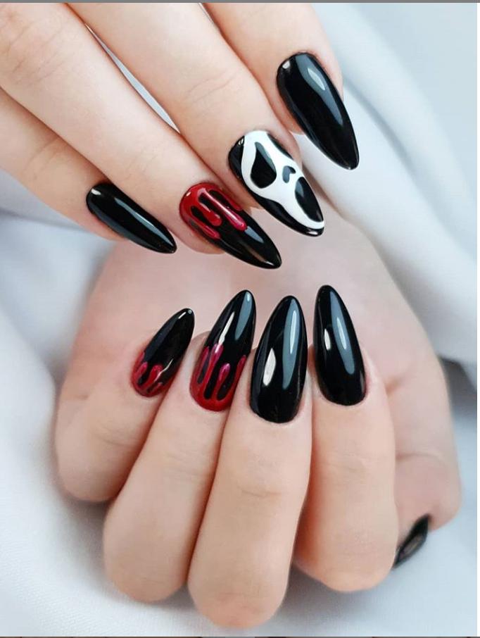 Черный маникюр на короткие ногти. 50+ элегантных идей | 35