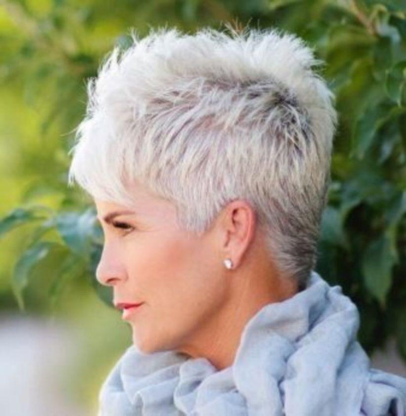 38 милых стрижек для женщин старше 40, которые помогут сбросить 10 лет | 11