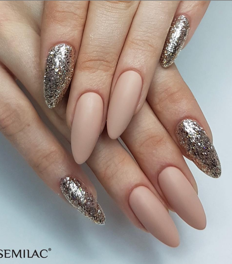 Модные идеи дизайна на овальные ногти | 13